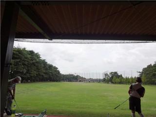 屋根付き練習場